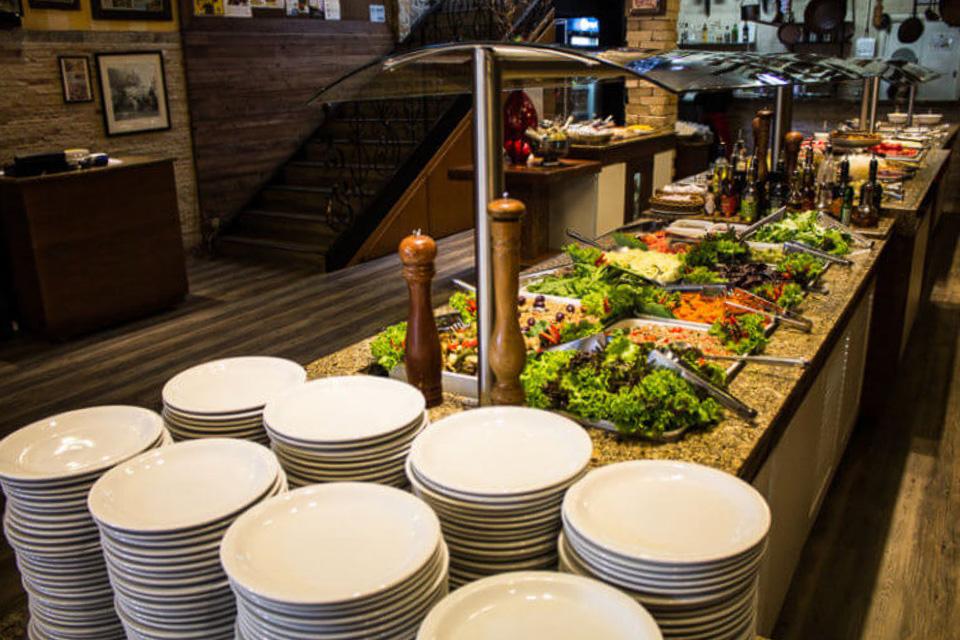 Onde comer em Porto Alegre almoço buffet livre