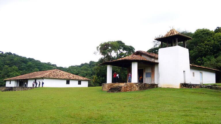 Bate e Volta de Sampa pra São Roque visite o Sítio de Santo Antônio - Casa Grande e Capela