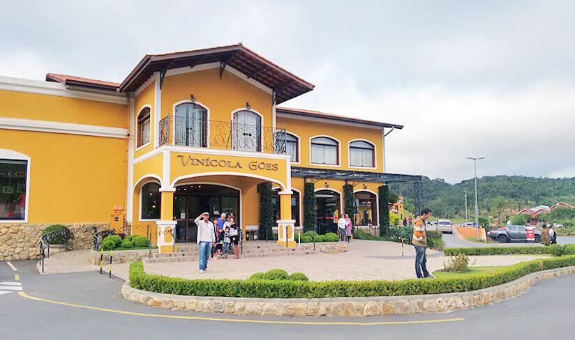 Bate e Volta de Sampa pra São Roque visite a Vinícola Góes