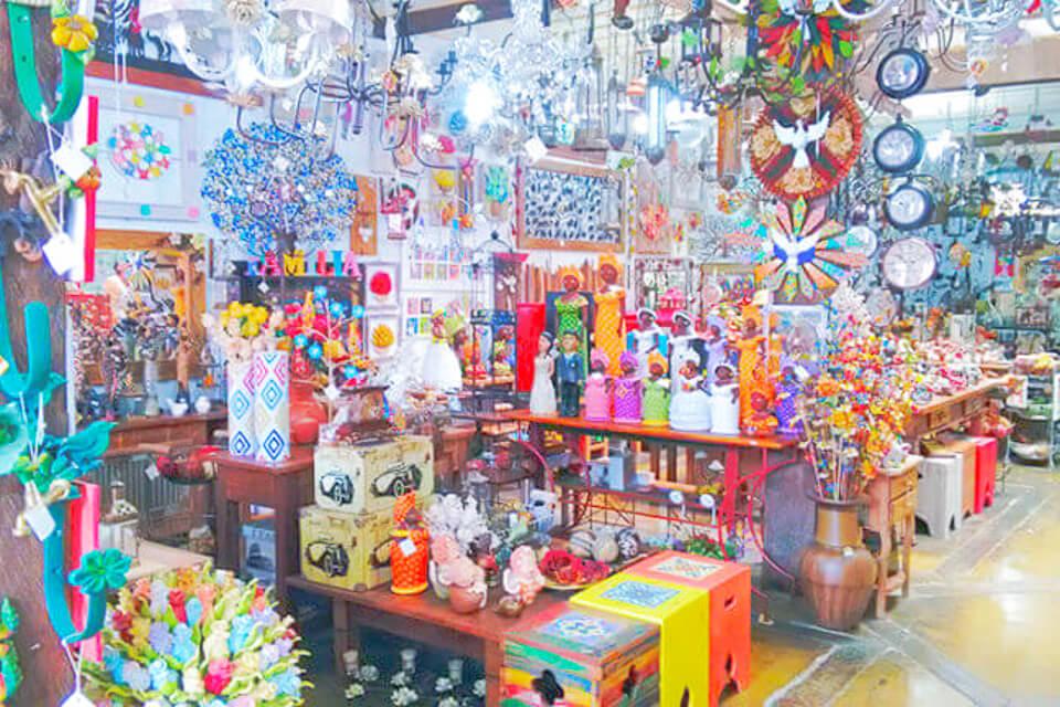 Bate e Volta de Sampa pra Embu das Artes e faça compras na Baronesa Artesanato