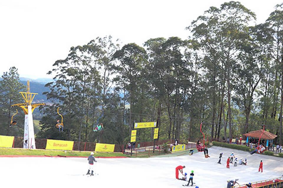 Parque de esqui em São Roque pertinho de São Paulo