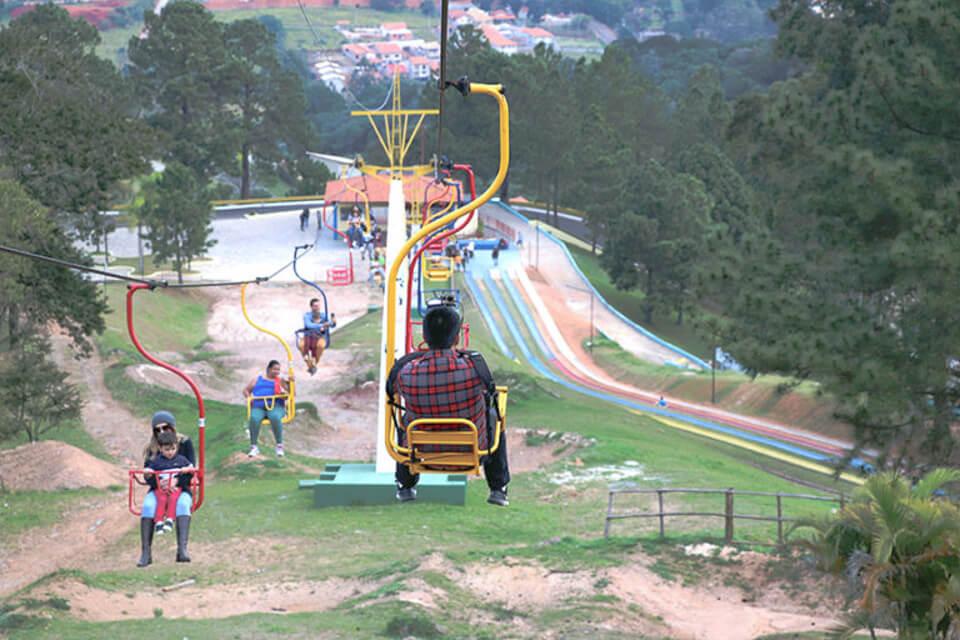 Teleférico do Ski Mountain Park de São Roque