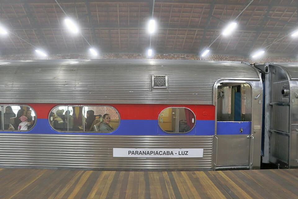 Passeio de trem de São Paulo para Paranapiacaba
