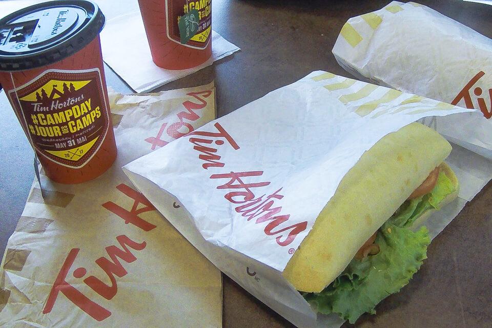 Onde comer em Montreal - Almoço na Tim Hortons