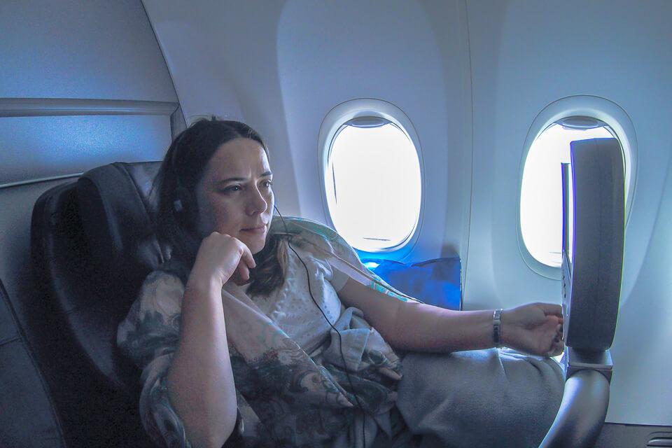 Como é voar Copa Airlines? Entretenimento da classe executiva (business)