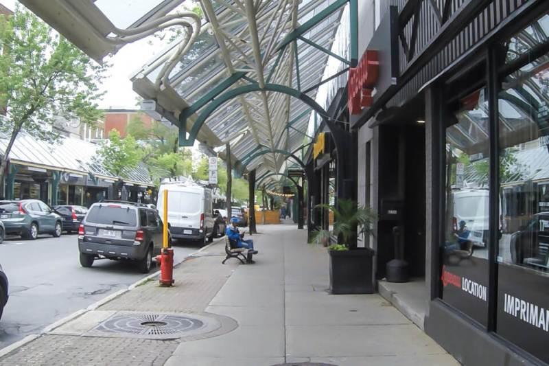 Onde fazer compras em Montreal? rua Sainte Hubert