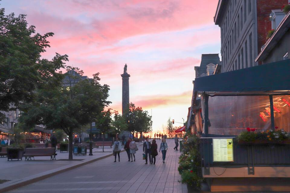 Por do sol na Old Montreal, Canada