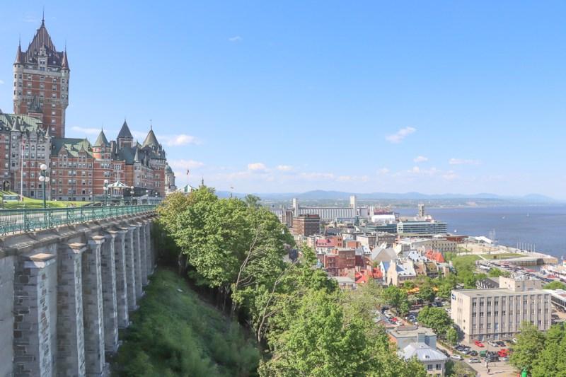 Chateau frontenac e Quartier Petit Champlain vistos do Terraço Dufferin - Quebec City, Canada
