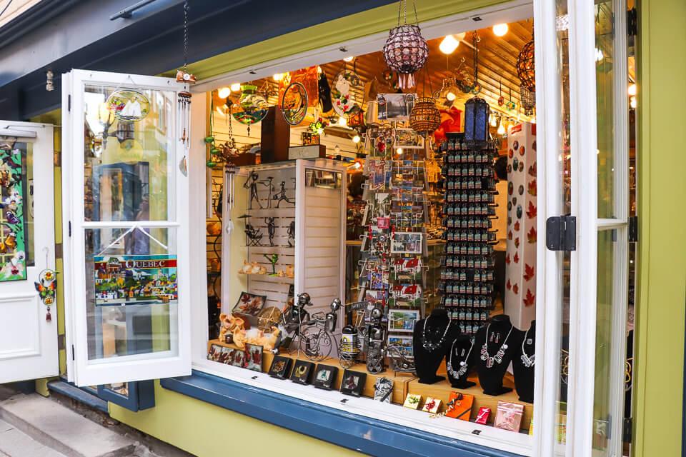 Compras em Quebec - Rua Du Petit Champlain