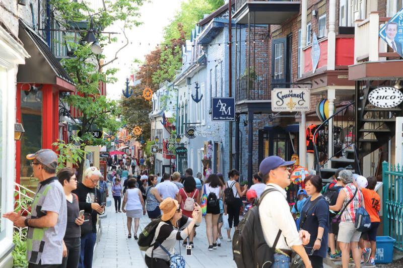 Intensa movimentação não é uma novidade para o bairro. Ali ficava a zona portuária de Quebec