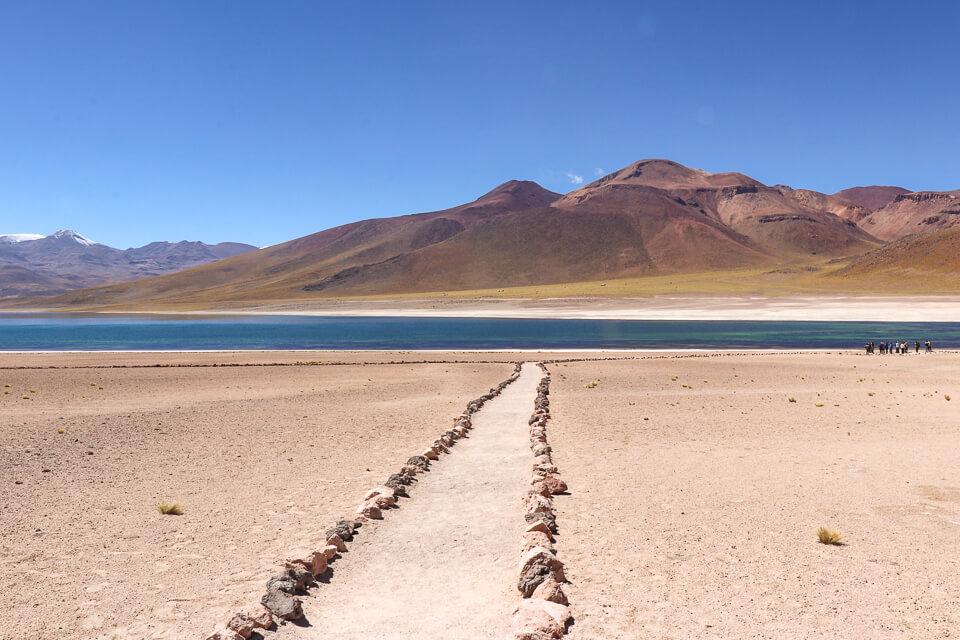 Laguna Miscanti nas Lagunas Altiplânicas do Atacama
