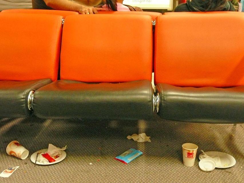 Como é o aeroporto de Delhi na India