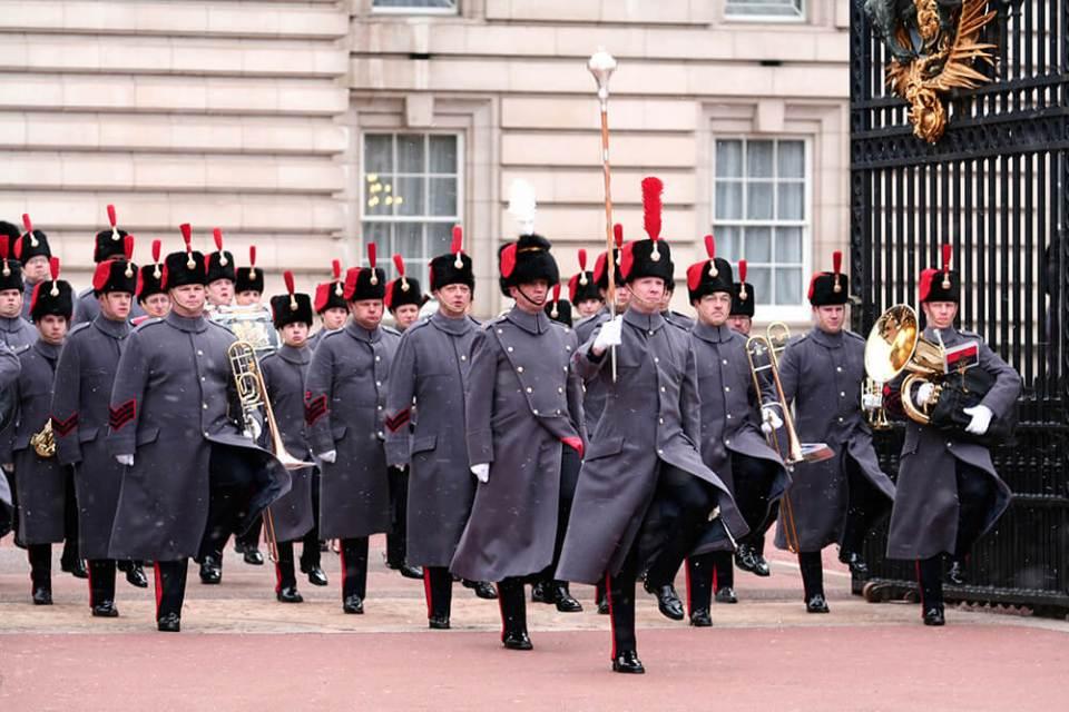 Como assistir a troca de guarda em Londres