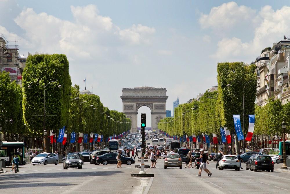 Champs-Élysées, Paris, França - julho/agosto, 2016. (Foto: Rafaela Ely)