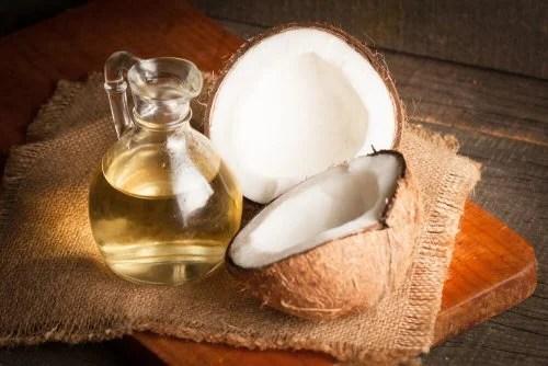 Óleo de coco para combater os fungos
