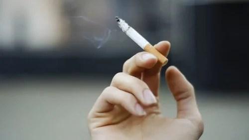 Fumar-500x281 Qual quantidade destes 15 produtos pode ser mortal?