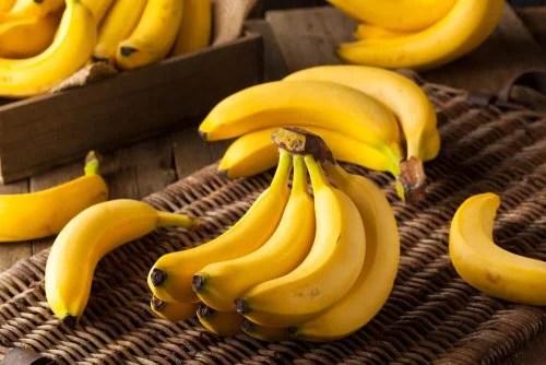 Banana alivia dor de cabeça