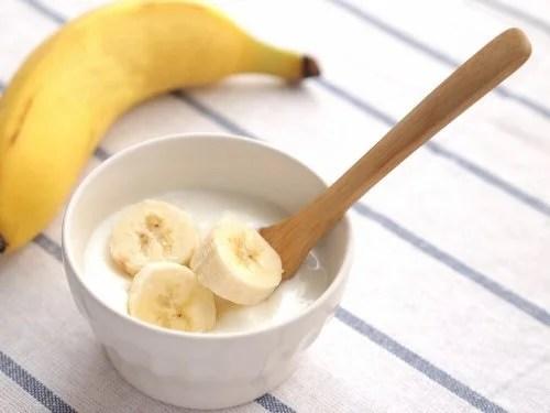 Vitamina de iogurte e banana