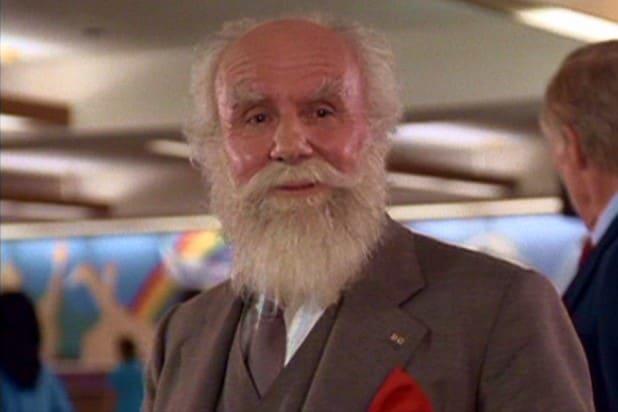 Douglas Seale Ernest salva o Natal