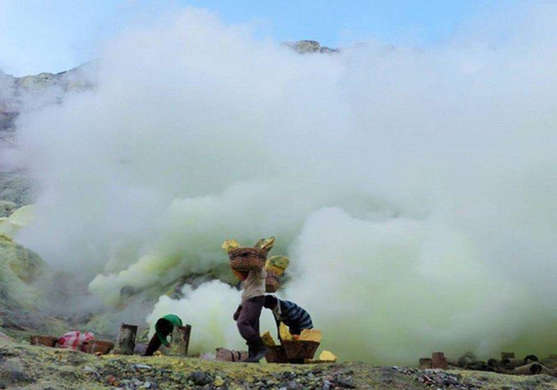 vulcão Ijen na Indonésia