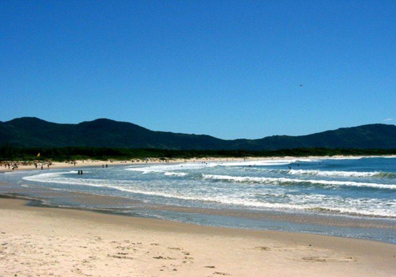 Barra Da Lagoa Tem Praia Com Águas Clarinhas Em Floripa