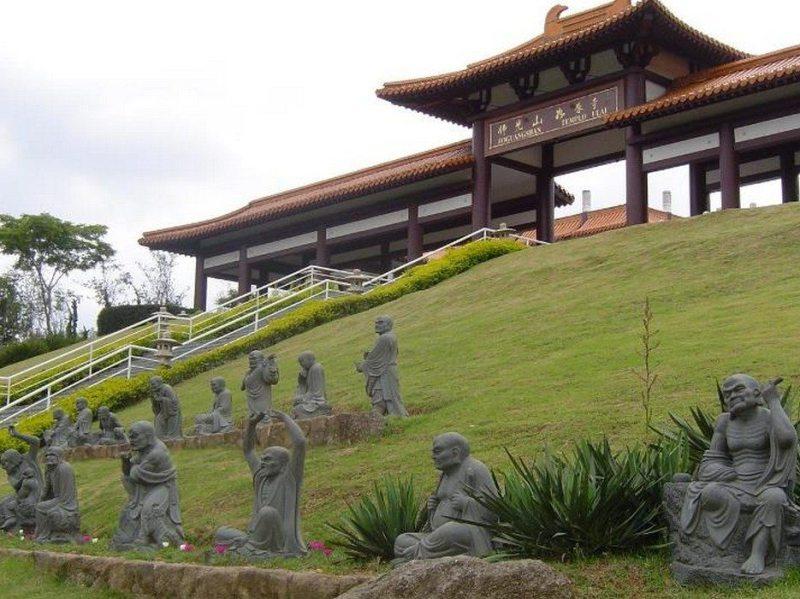 Destinos Nacionais Para Encontrar A Paz Interior