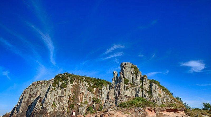Torres Tem Praias Incríveis No Rio Grande Do Sul