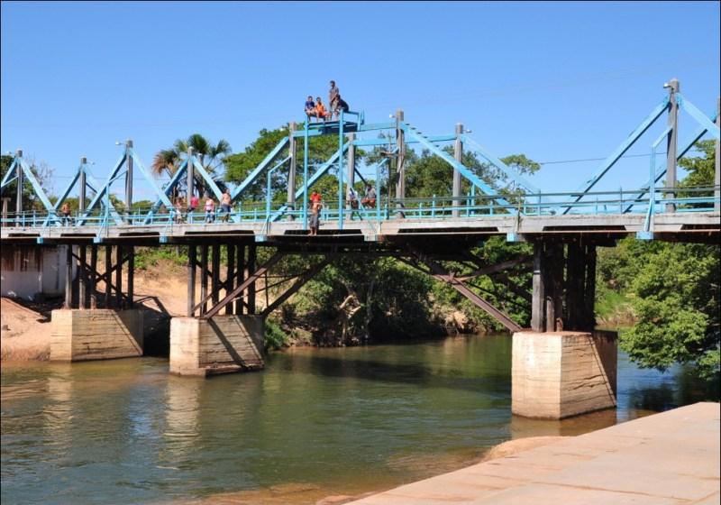Ponte De Madeira Da Cidade Ponte Alta