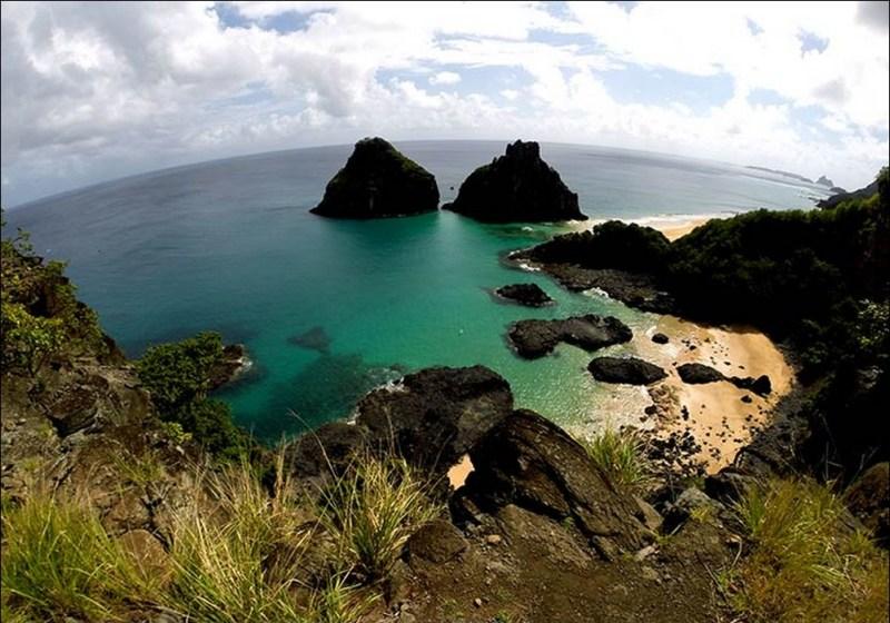Praia Do Sancho Em Noronha