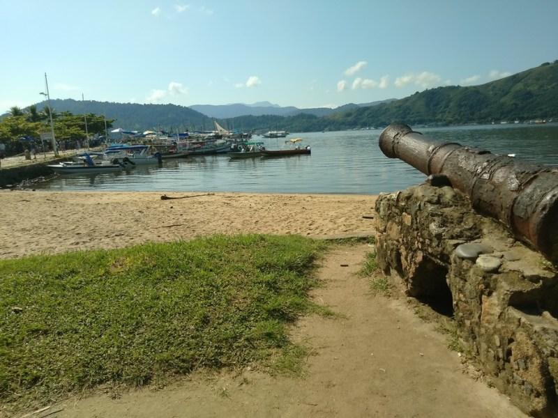 canhão histórico em paraty