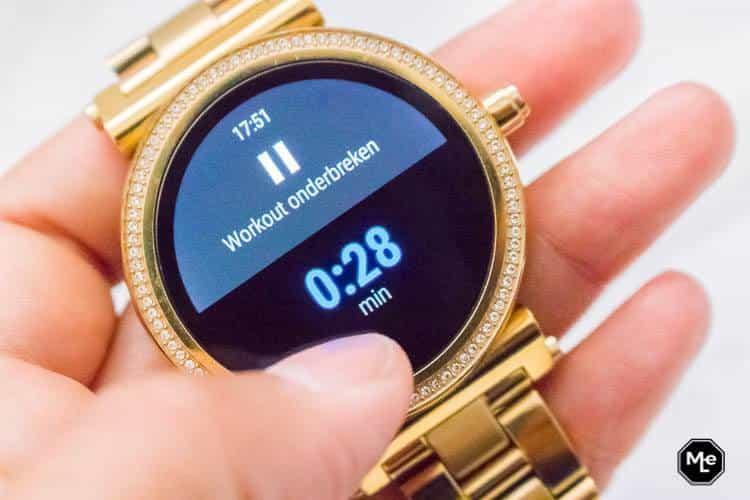 Michael Kors Acces Sofie smartwatch - google fit