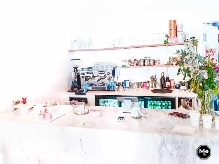 frenchie café bar