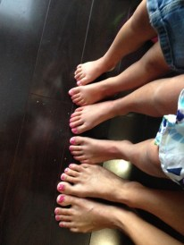 Pre-race pedicures for everyone!