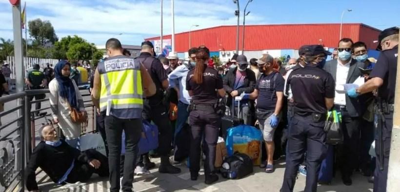 Marroquíes bloqueados en Melilla