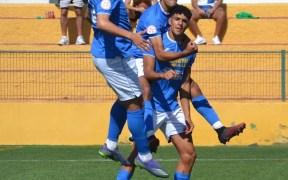 Zacarías, el mejor del partido, marcó de penalti