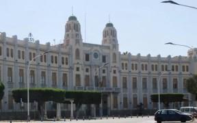 Fachada del Palacio de la Asamblea de la Ciudad Autónoma
