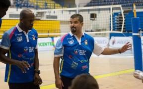 Jorge Luis Sánchez Cordero y Salim Abdelkader, segundo y primer técnico, respectivamente, del Club Voleibol Melilla