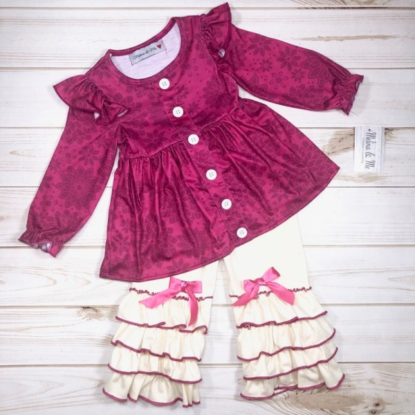 Cranberries & Cream Outfit