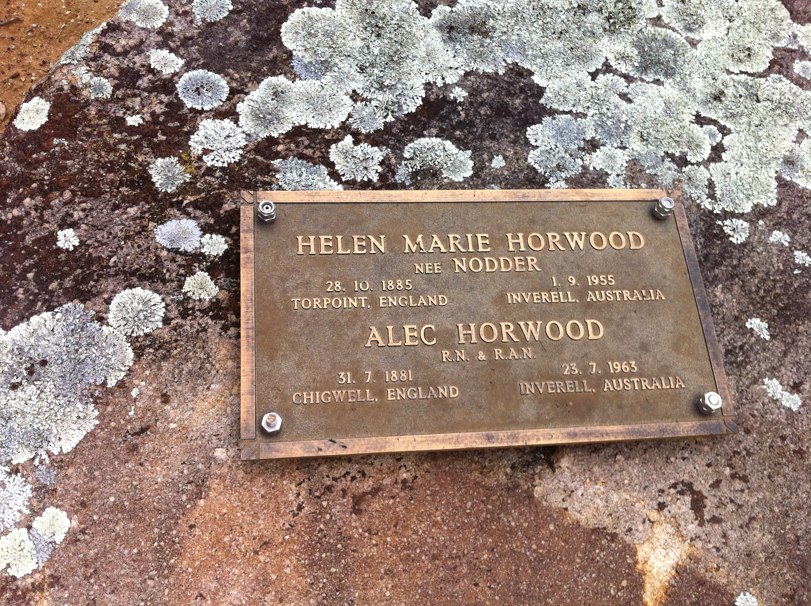 helen marie horwood and alec horwood resting in bannockburn cemetery
