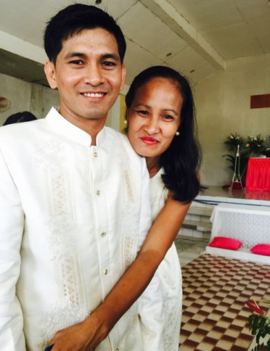 Wedding of Nichol and Ronalyn - the groom and his sister