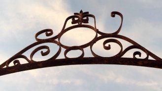gate overhead