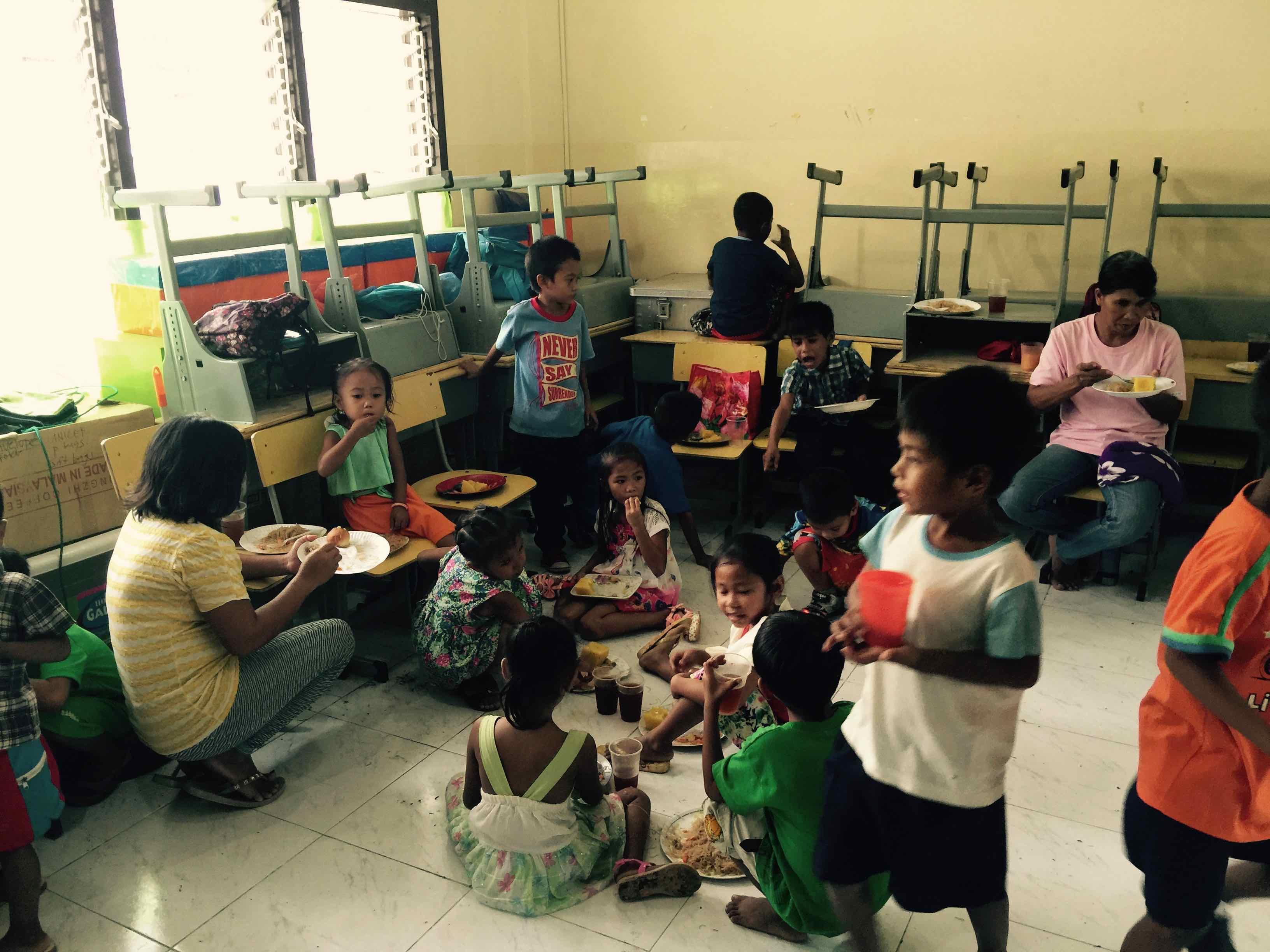 christmas lunch grade 1 botongon elementary school