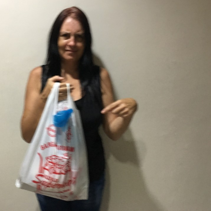 mel says no to plastic bags
