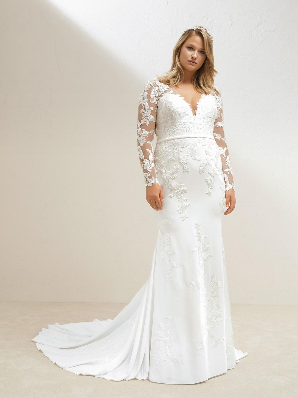 Mitad de precio nuevo estilo buscar Pronovias Plus y el #BodyPositivity: ¡Vestidos de novia para ...