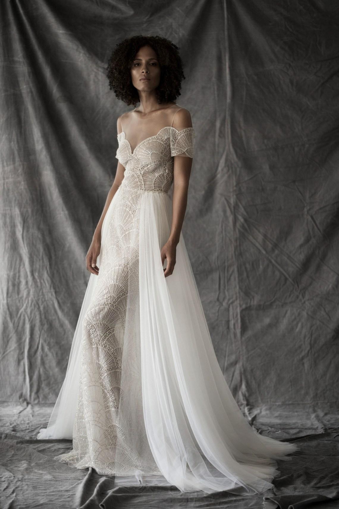 Vestidos de novia con hombros caídos