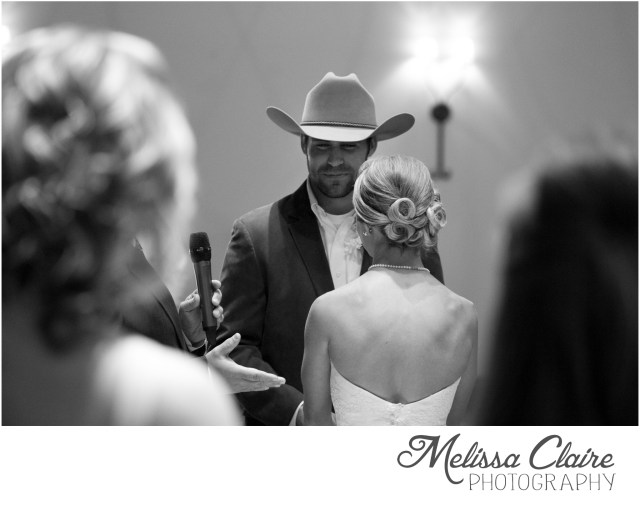 ashleigh-garrett-denton-tx-wedding_0035