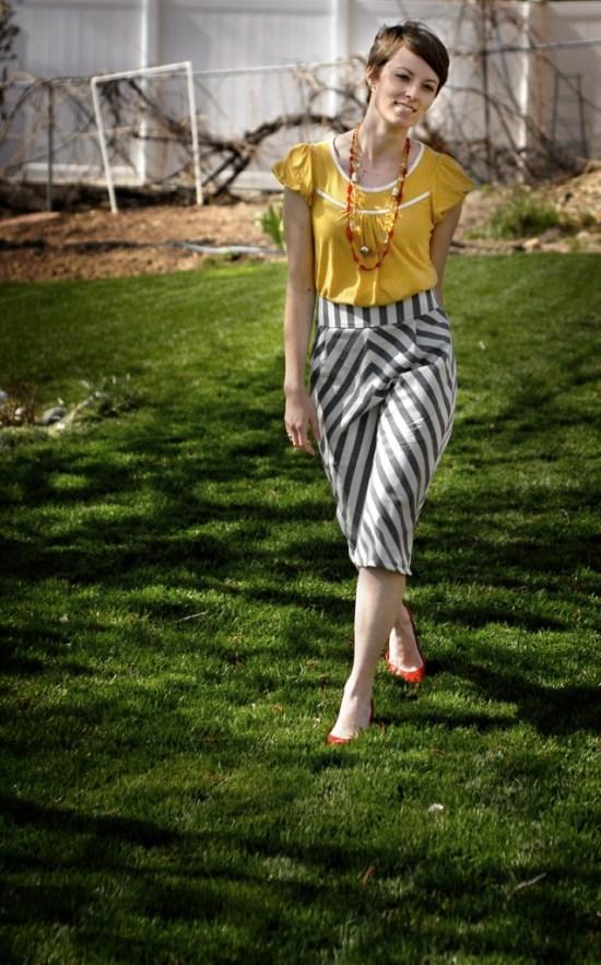 striped biased skirt 1