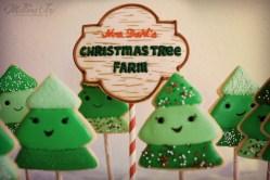 christmas-tree-farm-sign-cookie