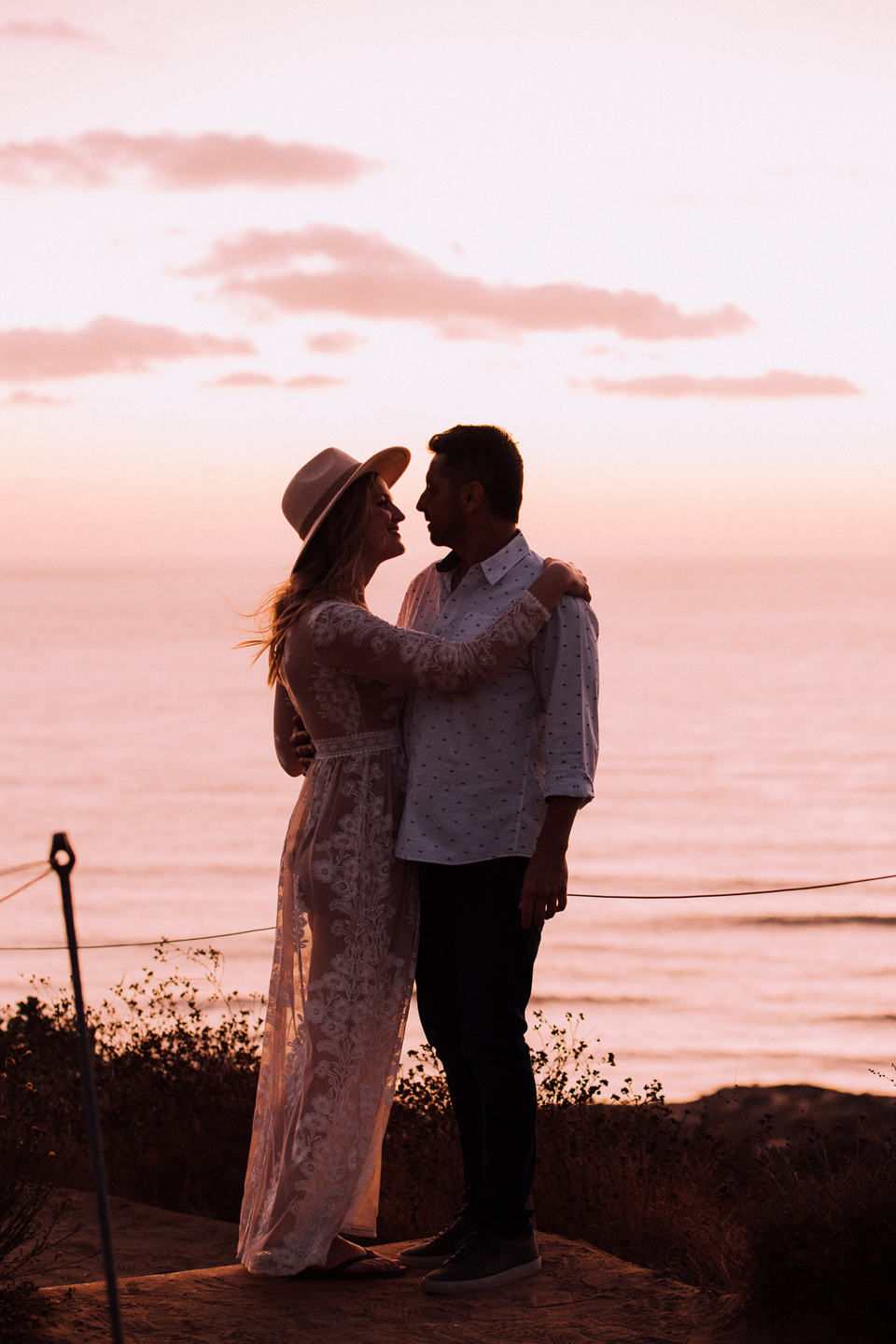 ENGAGEMENT photos: Torrey Pines Beach Trail