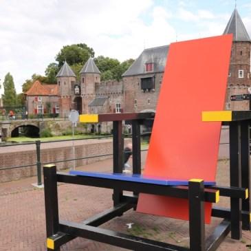 Conhecimento artístico na Holanda e os 100 anos do movimento De Stijl